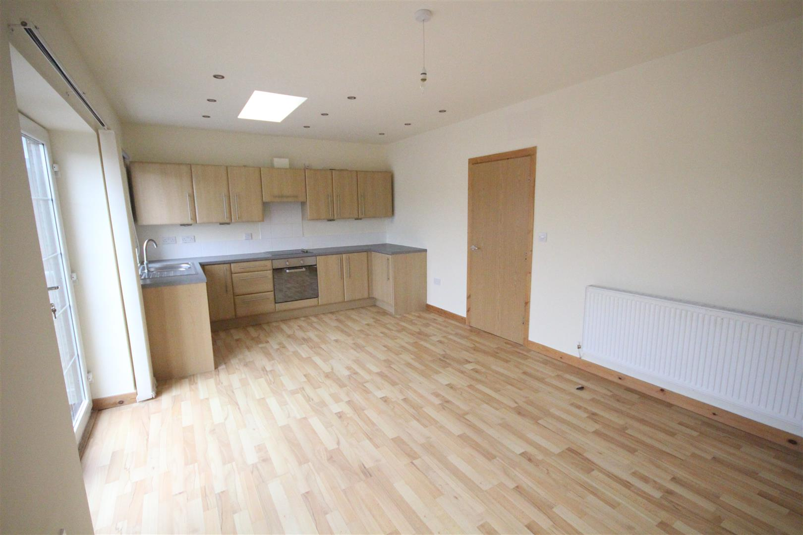 2 bedroom bungalow For Sale in Colne - IMG_0807.JPG